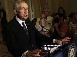 El líder de la mayoría demócrata en el Senado, Harry Reid. / YURI GRIPAS (REUTERS)