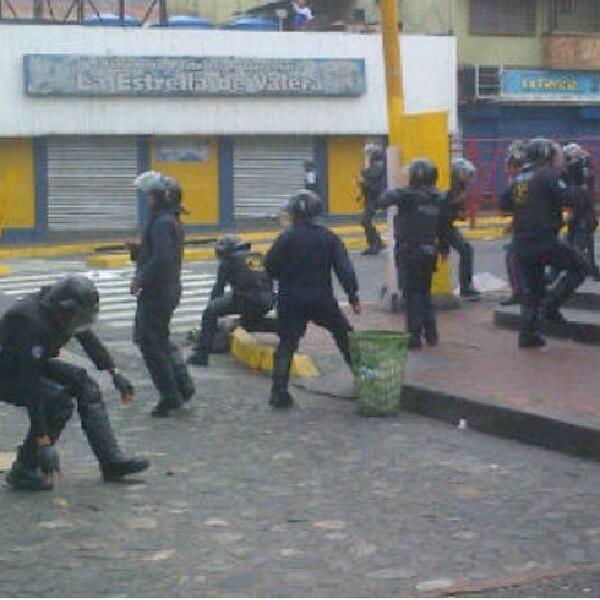 Lista Parcial De Detenidos Por Manifestar Pacíficamente El F - Porte placard coulissante jumelé avec serrurier bourg la reine