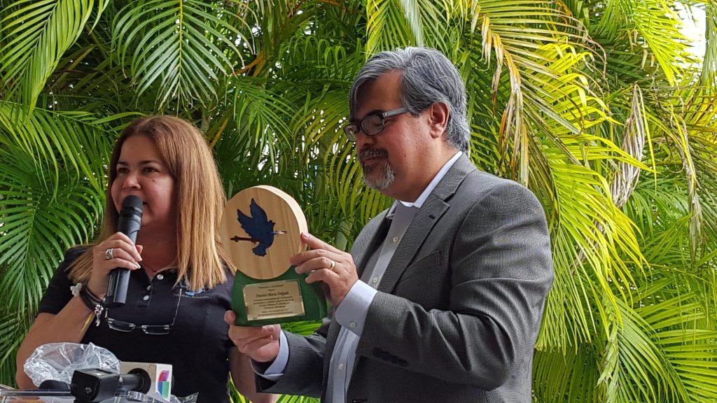 Reconocimiento al periodista Antonio Maria Delgado (Foto VAF)