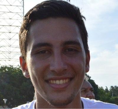 Carlos Briceño. 21 años. Estudiante de Economía en la UGMA y del Diplomado de Gobernabilidad, Gerencia Política y Gestión Pública en la UCAB.
