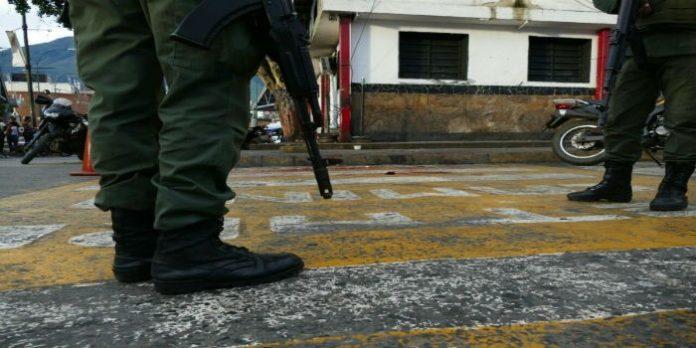 Muere de un disparo adolescente detenido en módulo de la GNB en Petare |  Venezuela Awareness Foundation